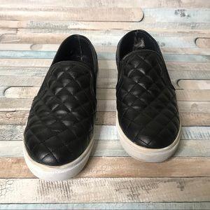 Steve Madden quilt slip on sneaker 6.5